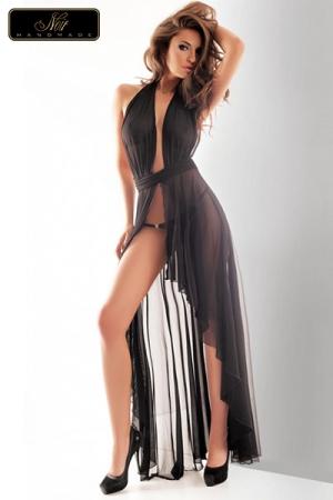 Robe longue Vestale : Robe longue en tulle, �l�gance et volupt� d'un drap� sensuel et �rotique.