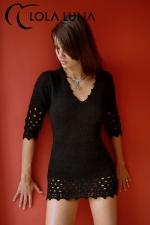 Robe Lana : Petite robe noire en lainage doux et sensuel: qui a dit que les frileuses ne peuvent pas être sexy ?